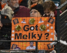 sf giants, san francisco giants, photo, 2012, melky Cabrera, fans