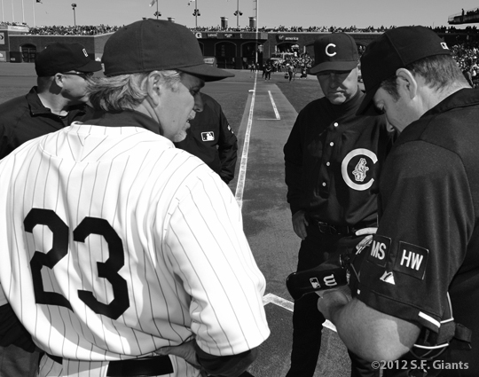 ny giants, san francisco giants, sf giants, turn back the clock, turn back the century, 2012, 1912, photo, ron wotus