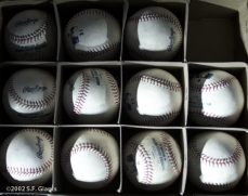 barry bonds, sf giants, san francisco giants, 2002, photo, 600th home run, marked balls