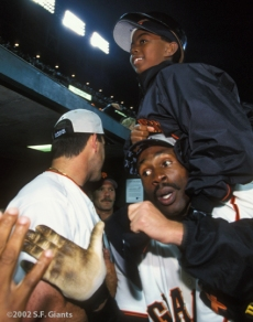 sf giants, san francisco giants, 2002, photo, NLCS, shawon dunston, shawon dunston Jr.