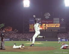 sf giants, san francisco giants, 2002, photo, NLCS, david bell, rich aurilia, mike matheney