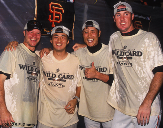 2002 Wild Card Clinch, sf giants, san francisco giants, photo, chad zerbe, team, tsuyoshi shinjo, joe nathan