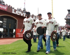 Reggie Sanders, Chad Zerbe & JT Snow walk around the park