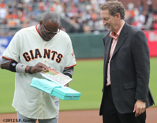 2002 team reunion, sf giants, san francisco giants, photo, 2012, dusty baker, larry baer
