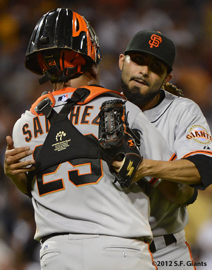 sf giants, san francisco giants, photo, 2012, hector sanchez, sergio romo