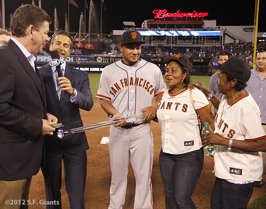 sf giants, san francisco giants, photo, 2012, all star game, july 10, melky cabrera, grandmother, mom