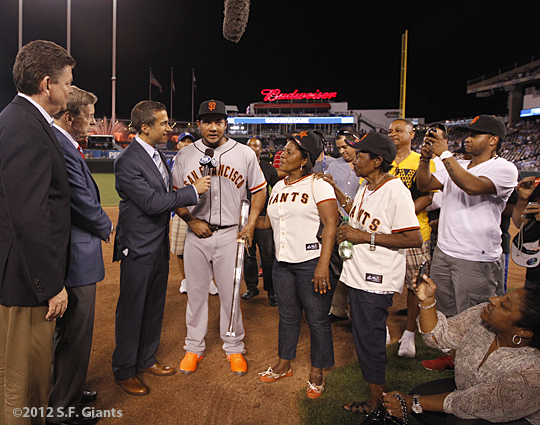 sf giants, san francisco giants, photo, 2012, all star game, july 10, melky cabrera, family