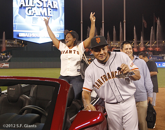 sf giants, san francisco giants, photo, 2012, all star game, july 10, mvp, melky cabrera, mom