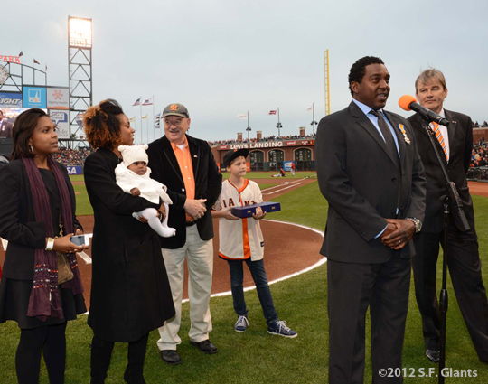 sf giants, san franciso giants, photo, 2012, knighting ceremony, netherlands, bambam meulens, hensley meulens, wife, family