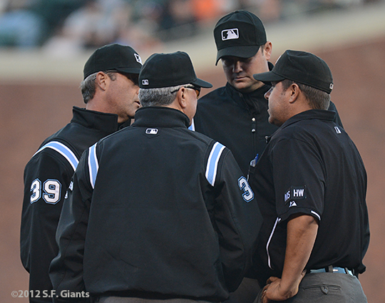 sf giants, san francisco giants, photo, 2012, umpires