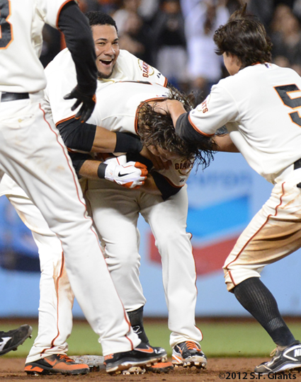 sf giants, san francisco giants, photo, 2012, brandon crawford, team, melky cabrera