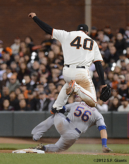 sf giants, san francisco giants, photo, 2012, andrews Torres, madison bumgarner
