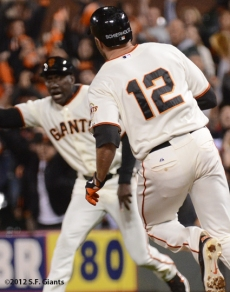 roberto kelly, sf giants, san francisco giants, photo, 2012, nate schierholtz