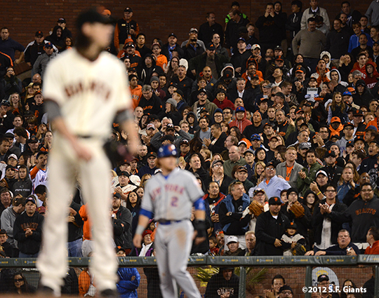sf giants, san francisco giants, photo, 2012, tim lincecum, fans