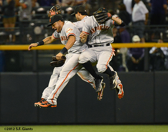 sf giants, san francisco giants, photo, 2012, win, outfield, hunter pence, angel pagan, melky cabrera