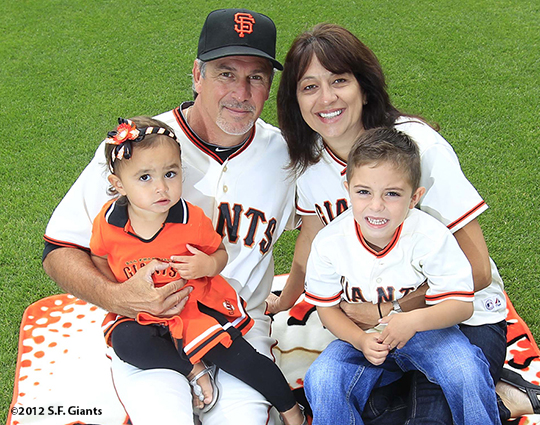 sf giants, san francisco giants, photo, 2012, family day, ron wotus