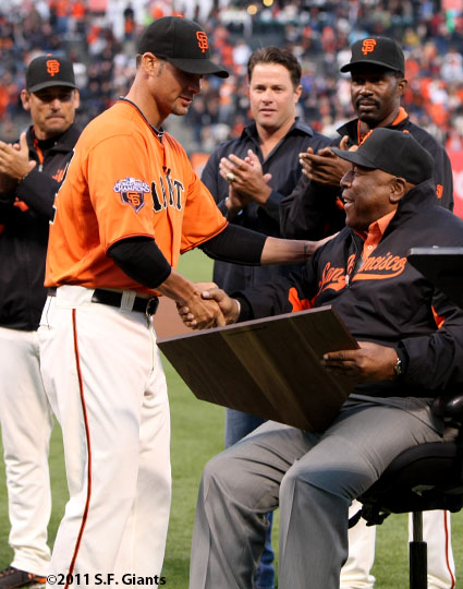 sf giants, san francisco giants, willie mac award, photo, group, willie mccovey, 2011ryan vogelsong