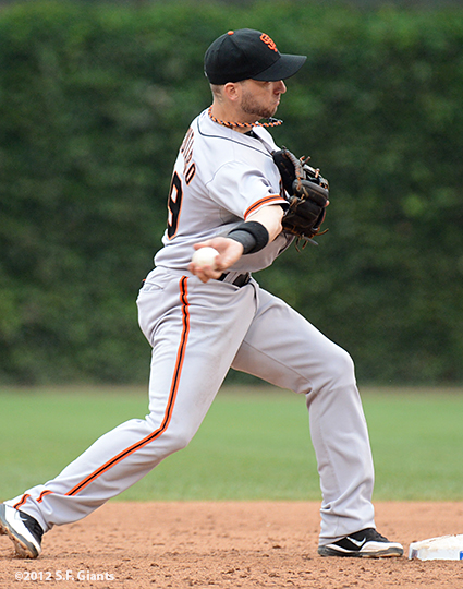 sf giants, san francisco giants, photo, 2012, wrigley field, marco scutaro