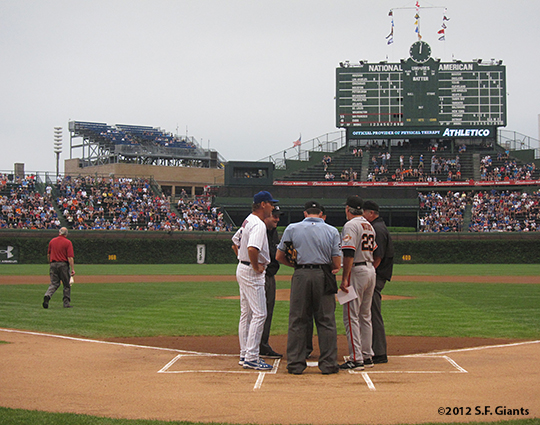 sf giants, san francisco giants, photo, 2012, wrigley field, ron wotus