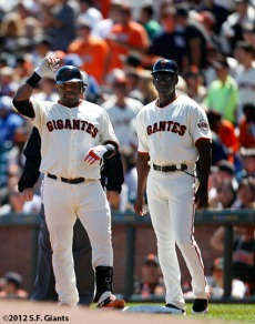 San Francisco Giants, S.F. Giants, photo, 2012, Pablo Sandoval, Roberto Kelly