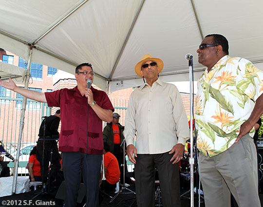San Francisco Giants, S.F. Giants, photo, 2012, Erwin Higueros, Orlando Cepeda, Tito Fuentes