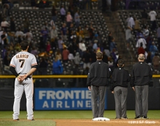 sf giants, san francisco giants, photo, 2012, gregor blanco, umpires