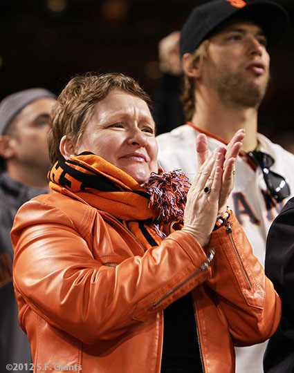 sf giants, san francisco giants, photo, september 18, 2012, fans