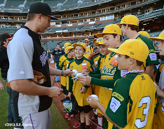 sf giants, san francisco giants, photo, september 19, 2012, petaluma little league all stars, colorado rockies, troy tulowitzki