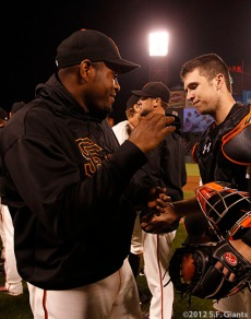 San Francisco Giants, S.F. Giants, photo, 2012, Santiago Casilla, Buster Posey