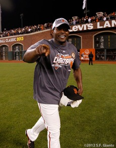 San Francisco Giants, S.F. Giants, photo, 2012, Santiago Casilla