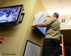 sf gaints, san francisoc giants, photo, september 22, 2012, nl west champtions, clinch the west,