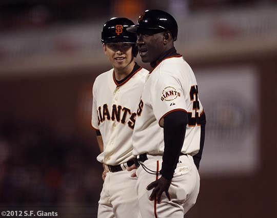 San Francisco Giants, S.F. Giants, photo, 2012, Buster Posey, Roberto Kelly