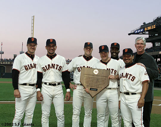 sf giants, san francisco giants, willie mac award, photo, group, willie mccovey, 2002, jeff kent, benito santiago, jt snow, david bell, shawon dunston, marvin benard, mike krukow