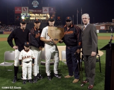 sf giants, san francisco giants, willie mac award, photo, group, willie mccovey, 2005, jt snow, shane snow, mark gardner, mike matheny, willie mccovey, mike krukow