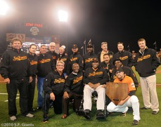 sf giants, san francisco giants, willie mac award, photo, group, willie mccovey, 2010
