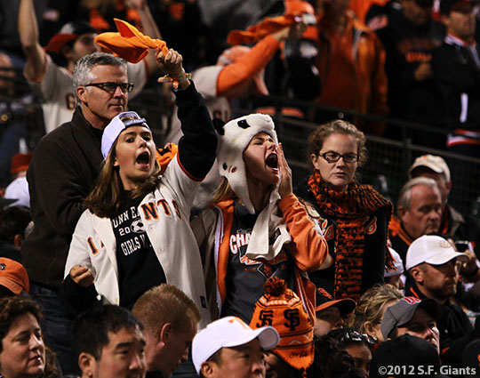 sf giants, san francisco giants, photo, 10/6/2012, nlds game 1, fans