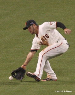 sf giants, san francisco giants, photo, 2012, nlds, gregor blnco