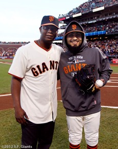 San Francisco Giants, S.F. Giants, photo, 2012, Postseason, Edgar Renteria, Sergio Romo