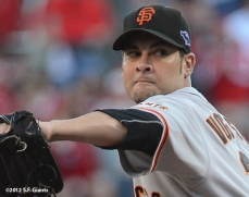 sf giants, san francisco giants, photo, 10/9/2012, nlds game 3, ryan vogelsong