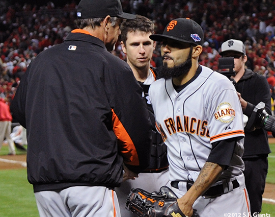 sf giants, san francisco giants, photo, 10/9/2012, nlds game 3, buter posey, sergio romo, bruce bochy