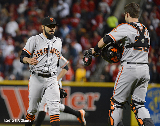 sf giants, san francisco giants, photo, 10/9/2012, nlds game 3, sergio romo, buster posey