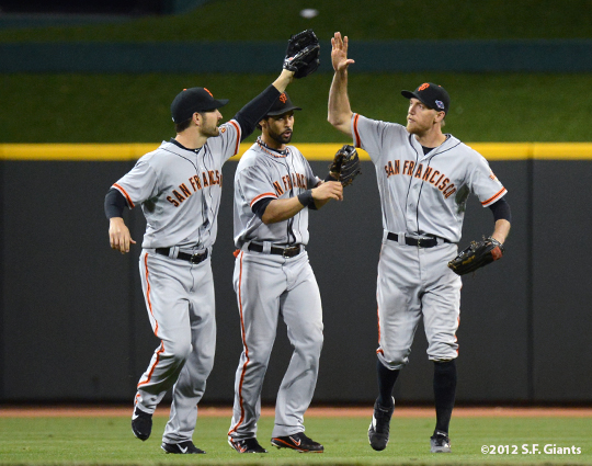 sf giants, san francisco giants, photo, 10/9/2012, nlds game 3, angel pagan, xavier nady, hunter pence