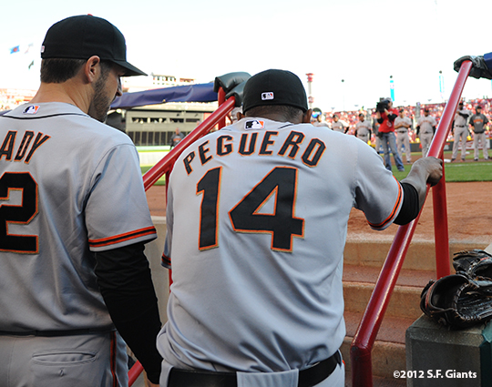 sf giants, san francisco giants, photo, 10/9/2012, nlds game 3, xavier nady, francisco peguero