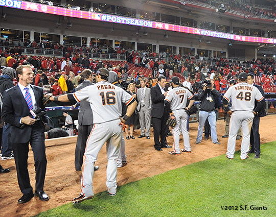 sf giants, san francisco giants, photo, 10/10/2012, nlds game 4, angel pagan, gregor blanco, pablo sandoval