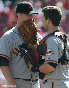 sf giants, san francisoc giants, photo, 10/11/2012, nlds clinch, win, matt cain, buster posey