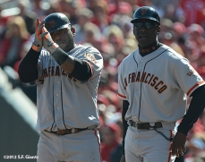 sf giants, san francisoc giants, photo, 10/11/2012, nlds clinch, win, pablo sandoval, roberto kellly