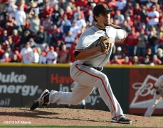 sf giants, san francisoc giants, photo, 10/11/2012, nlds clinch, win, javier lopez
