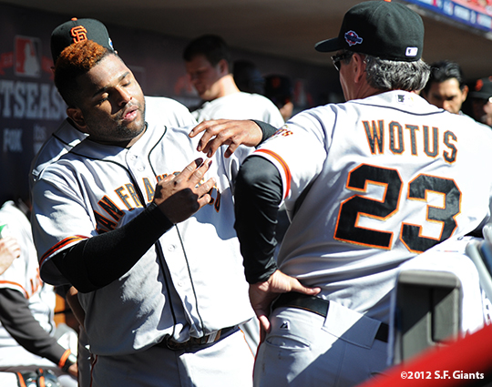sf giants, san francisoc giants, photo, 10/11/2012, nlds clinch, win, ron wotus, pablo sandoval