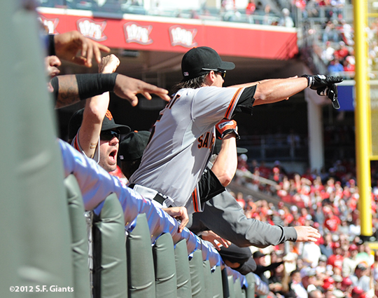 sf giants, san francisoc giants, photo, 10/11/2012, nlds clinch, win, ryan theriot, barry zito