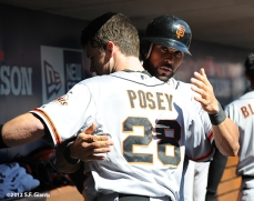 sf giants, san francisoc giants, photo, 10/11/2012, nlds clinch, win, buster posey, angel pagan
